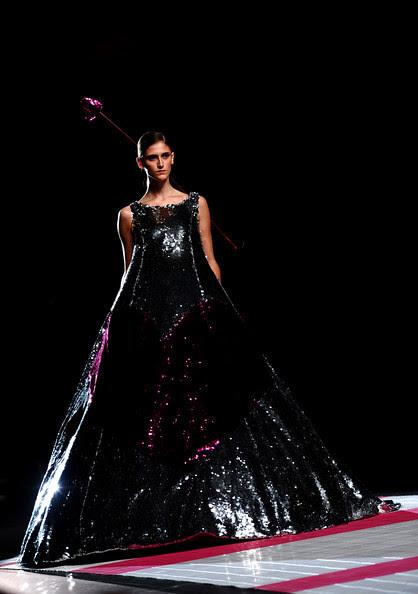 Victorio+Lucchino+Cibeles+Madrid+Fashion+Week+XdrundS-Nr3l