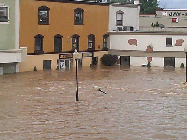 photo flood7_zpsb9465c26.jpg