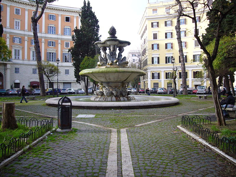 File:Prati - piazza dei Quiriti e fontana 1150613.JPG