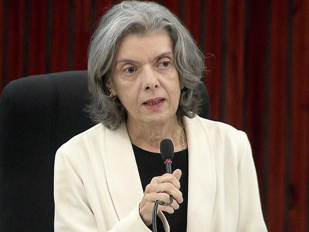 A presidente do STF, ministra Cármen Lúcia durante palestra em Brasília