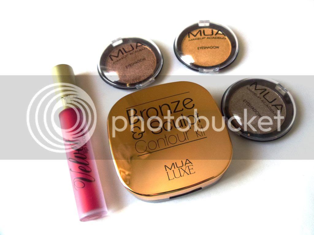 A Mini MUA Cosmetics Haul & First Impressions