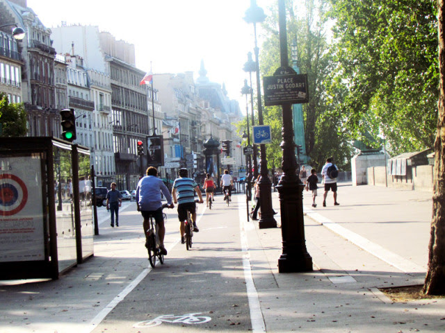 bicicletas paris ciclistas