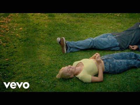 Astrid S - It's Ok If You Forget Me (Official Video)