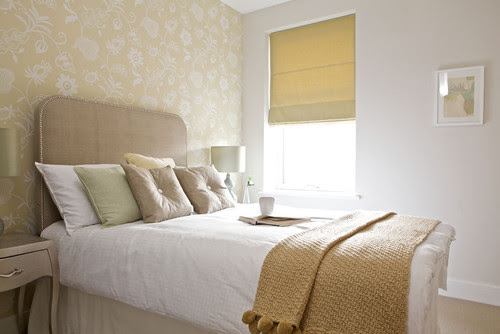 Fresh, light and simple eclectic bedroom