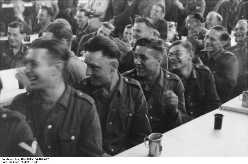 Suche Eine Frisur Der 30er 40er Vllt Bis 50er Jahre Retro