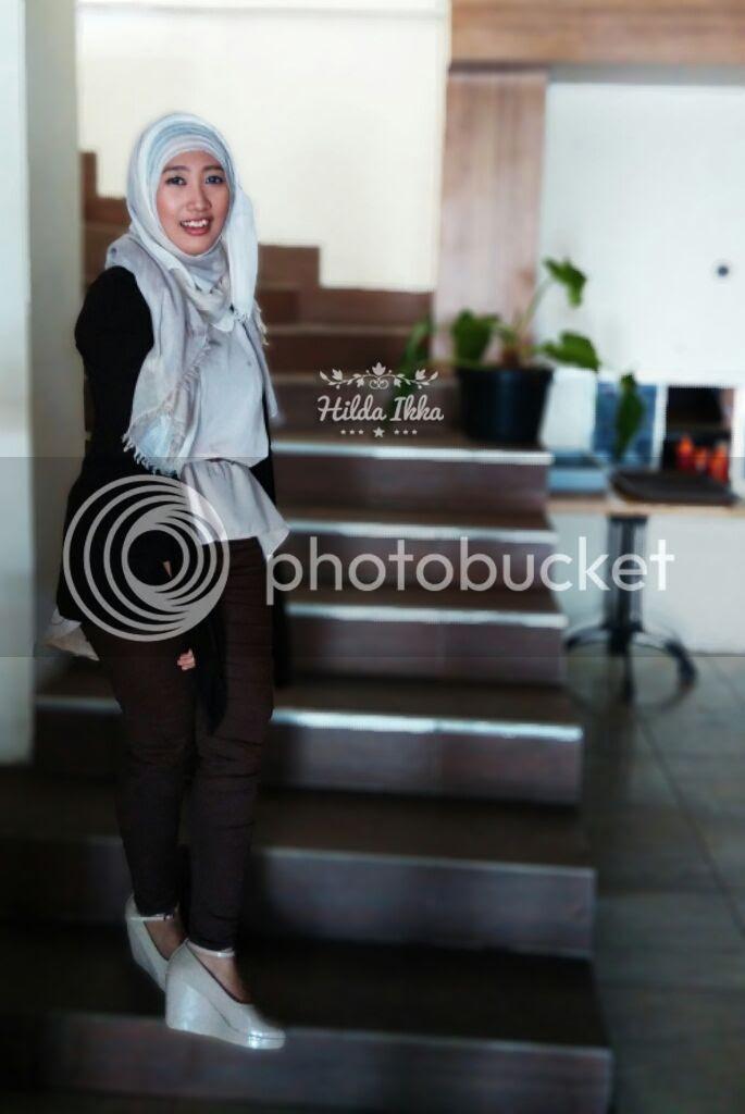 photo OOTDhijabers-outfit-warna-coklat 8_zpscdi35k0j.jpg
