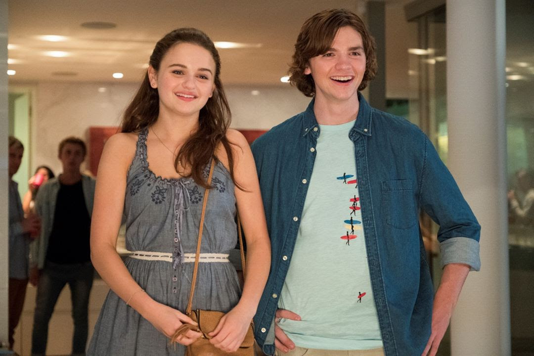 A Barraca do Beijo : Foto Joel Courtney, Joey King