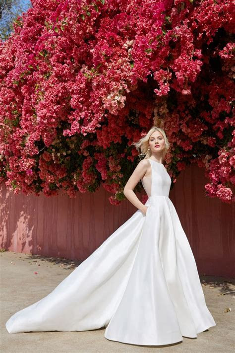 10247 best Wedding Dresses images on Pinterest