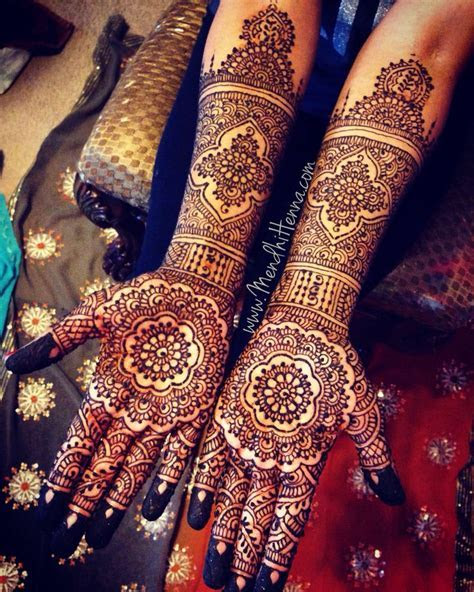 Best 25  Bridal henna ideas on Pinterest   Bridal henna