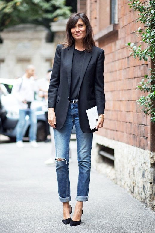 Le Fashion Blog Mfw Street Style French Editor Emmanuelle Alt Black Blazer Tee Studded Belt Boyfriend Jeans Pumps Via Harpers Bazaar