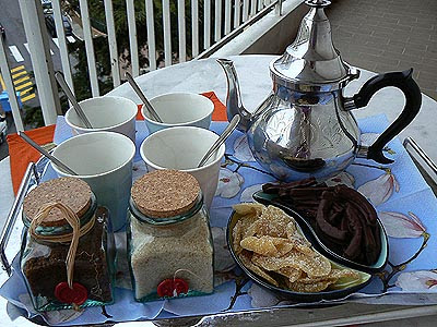 tisane + gingembre + orangettes sur terrasse.jpg