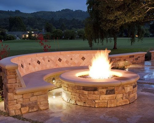 Backyard fire pit ideas gas