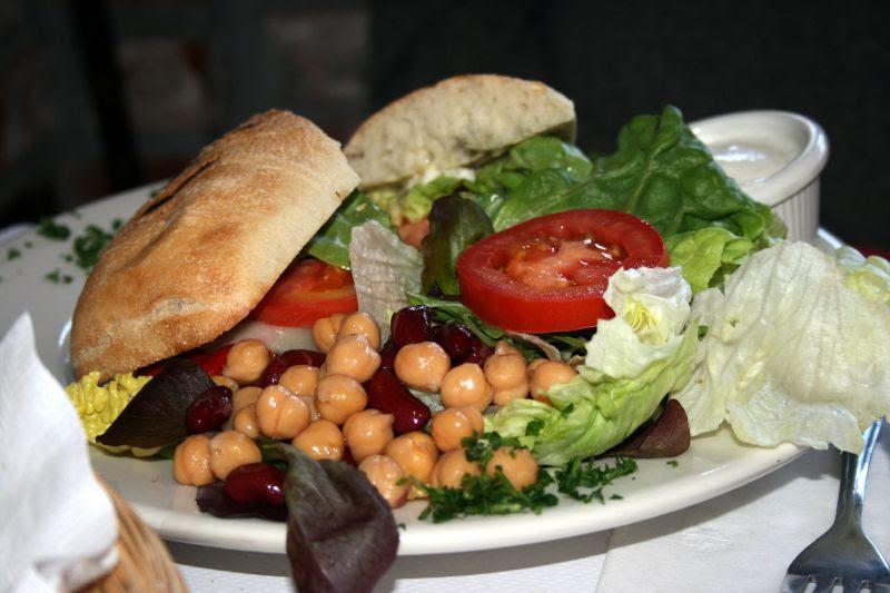 Chicken Sandwich with Salad
