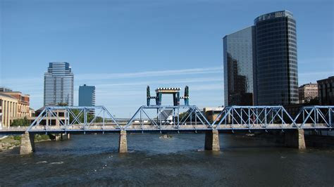 17 Things to Do, See, and Eat in Grand Rapids, Michigan