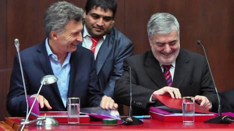 Macri y Das Neves, la semana pasada. El Presidente viajó para la apertura de sesiones en Chubut.