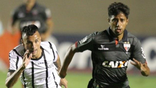 Braga vence fora e segue vivo na briga pelo acesso