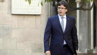 El president de la Generalitat, Carles Puigdemont, arribant a una reunió del govern (EFE)