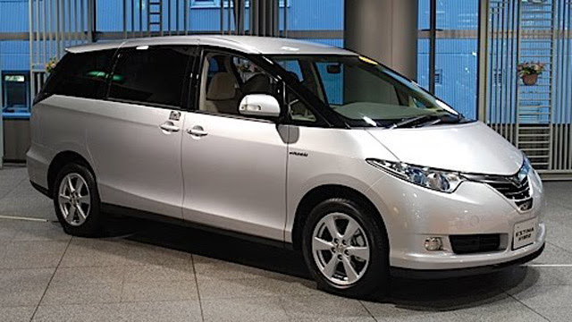 Toyota To Offer AC Electric Outlets On Japanese Market Prius Models