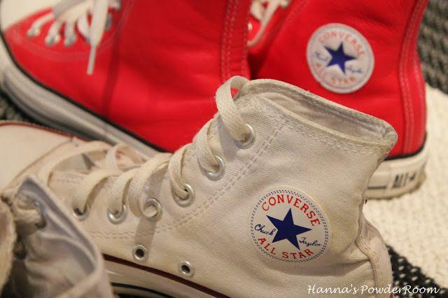 Converse Hanna's PowderRoom Blog
