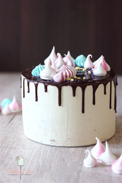 Stunning Meringue Kisses Cakes   Food Heaven   Food Heaven
