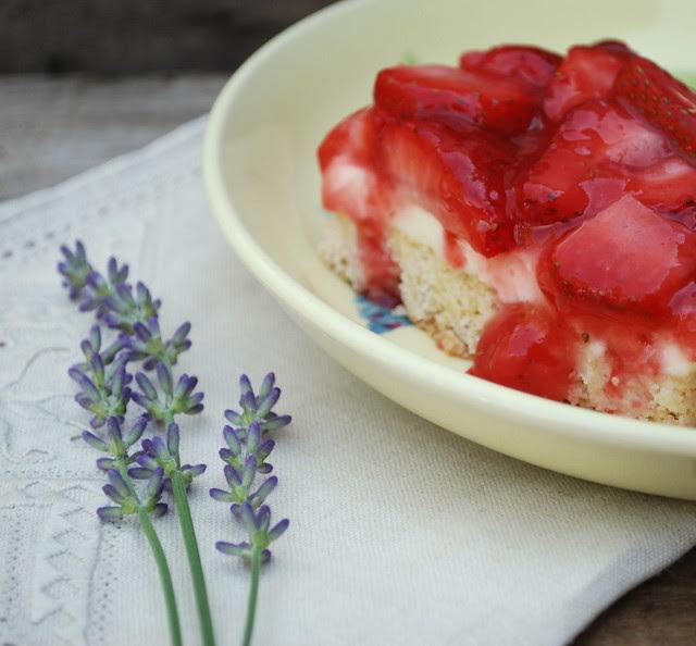 Strawberries & Cream Squares 2