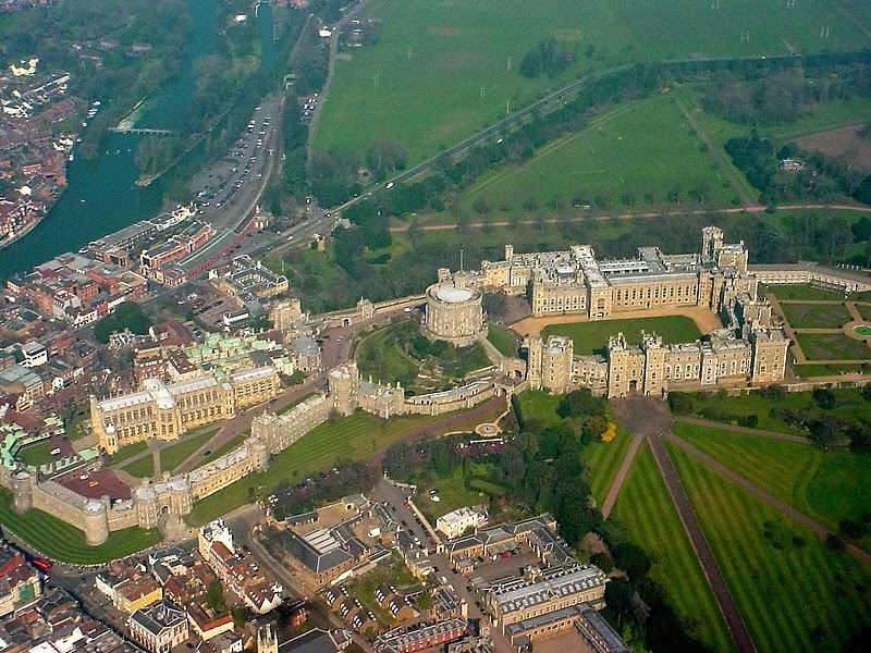 File:Windsor Castle from the air.jpg