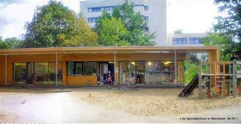 hamburger spielhaeuserde spielplatzhaus wandsbek