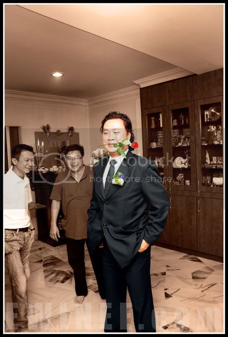 groom-with-flower
