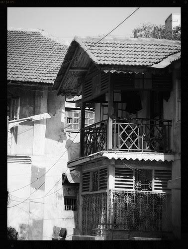 Bandra Bazar Road Misses Mr Sunil Dutt Who Loved The Gaothans by firoze shakir photographerno1