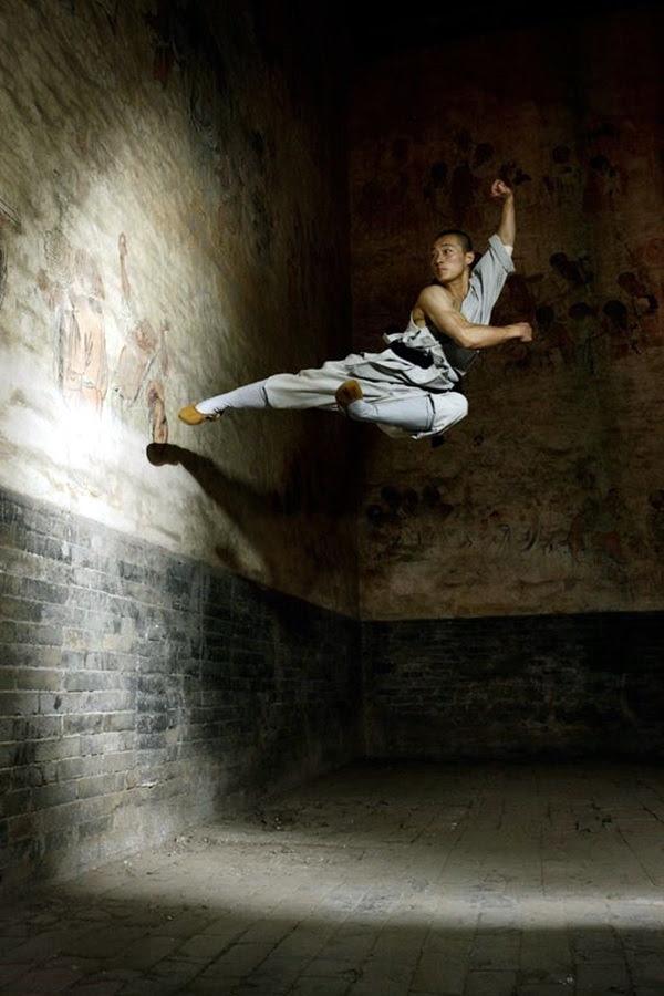 Shaolin monk Martial Art Demonstrations (21)