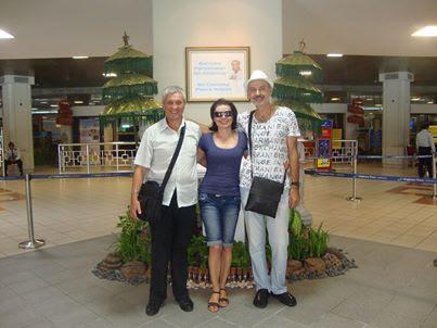 с Косьо на летището в Денпасар
