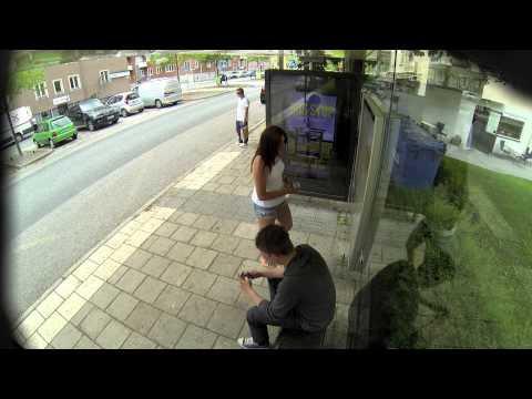 [Video] Ahli Photoshop Isengin Orang Di Jalanan