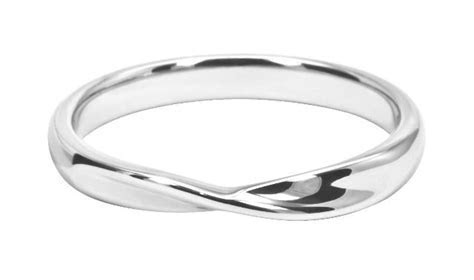 Simple Twist Wedding Band   Love this!   Wedding rings