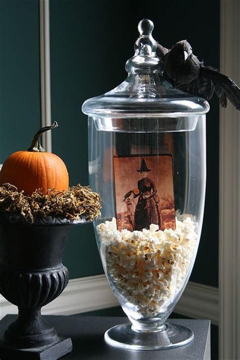 14 Halloween Centerpiece Designs With Raven ? Top Cheap