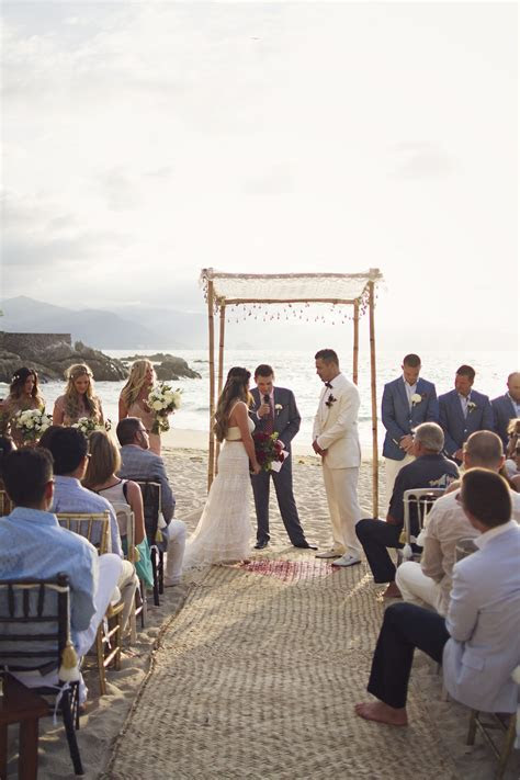Stunning Beach Wedding in Puerto Vallarta, Mexico   The