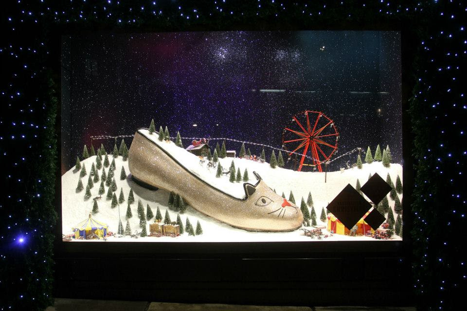 best-window-displays_selfridges_2013_christmas_destination-christmas_05