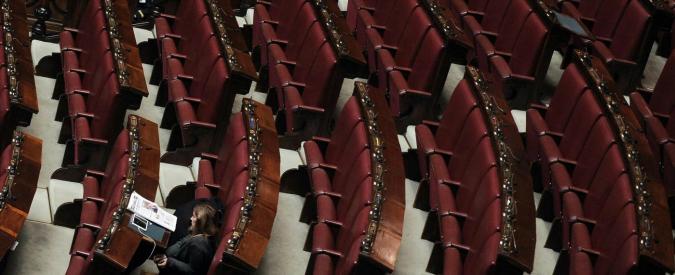 Parlamento, 40 giorni di ferie per deputati e senatori. Dalla tortura al ddl penale: le leggi rimandate a settembre