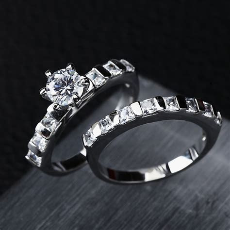Clearance Sale Wedding Rings Pair in Rings from Jewelry