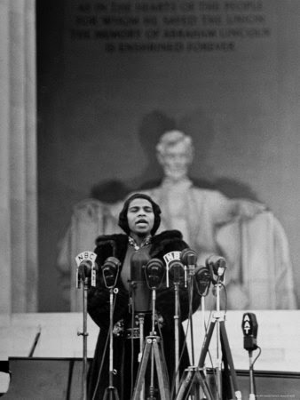 Marian Anderson in concert at the Lincoln Memorial in 1939 after being denied use of Constitution Hall by DAR