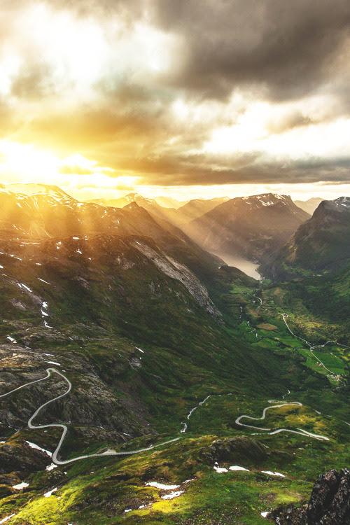 wnderlst: Dalsnibba Mountain, Norway | Pavel Suslov