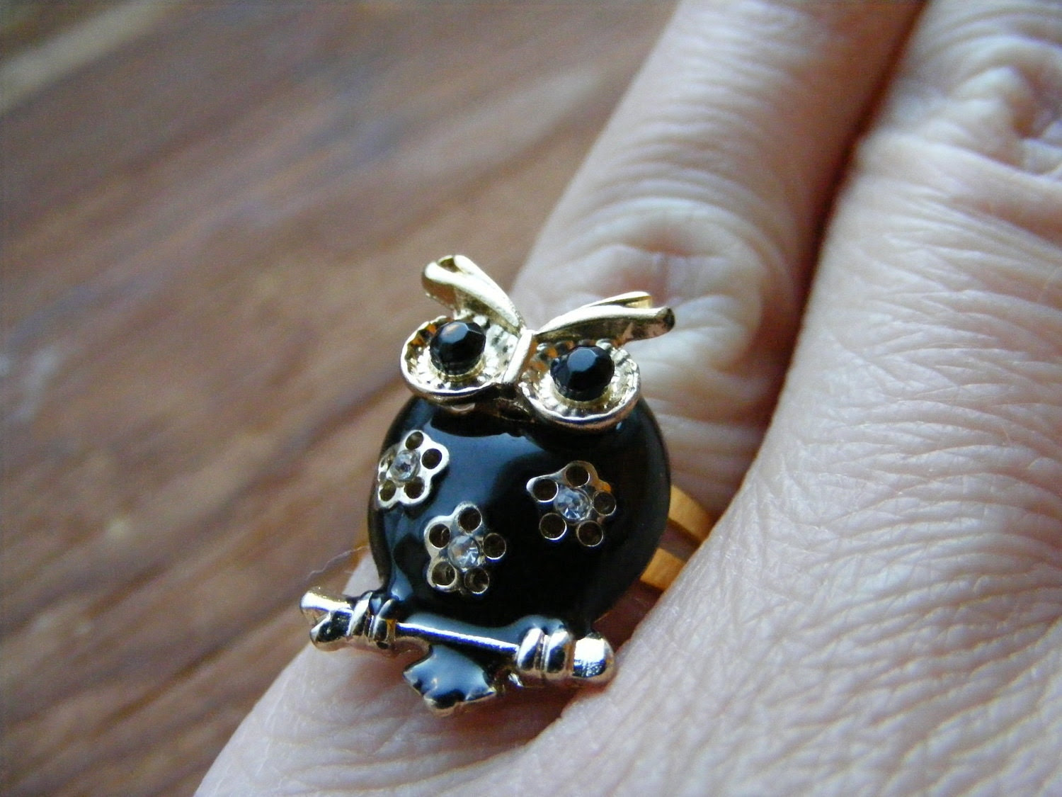 Ring Owl Black and Gold