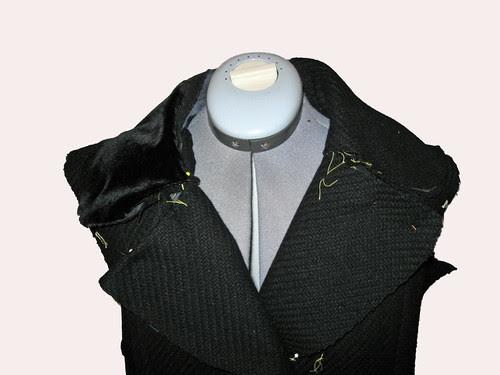 Lapel test with velvet collar