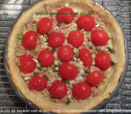 Quiche met tomaten en tonijn