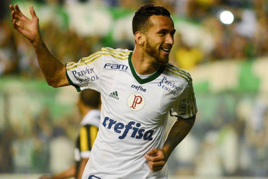Leandro Pereira fez dois gols na goleada do Palmeiras - Daniel Zappe/Código19/Folhapress