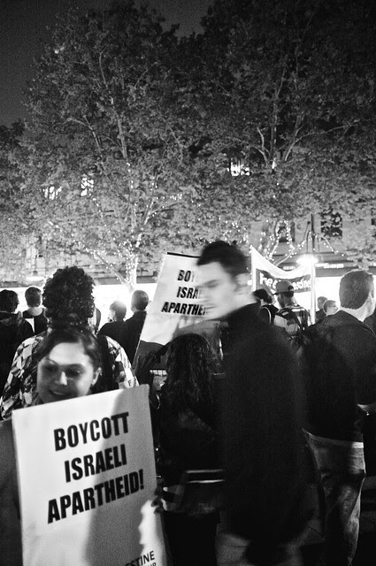 Anti-Israel Rally at Max Brenner 11