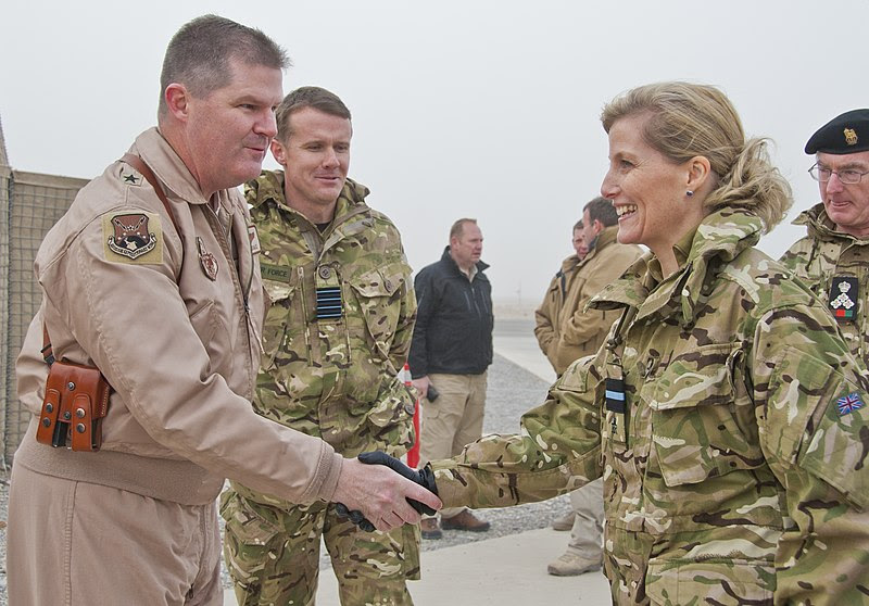 File:Sophie, Countess of Wessex, shakes hands with Brig Gen Thomas Deale at Kandahar Airfield.jpg