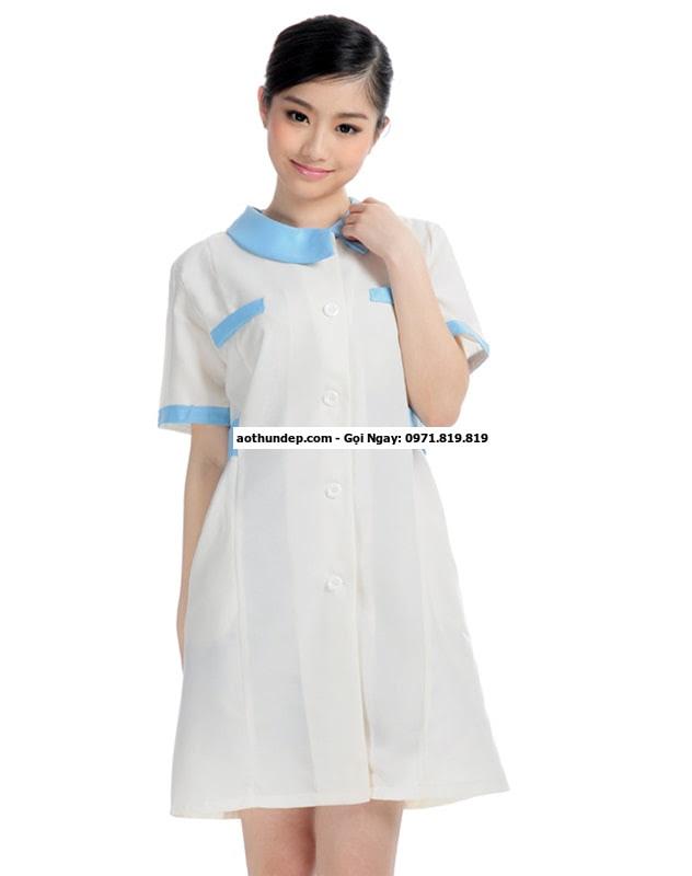bán quần áo y tá