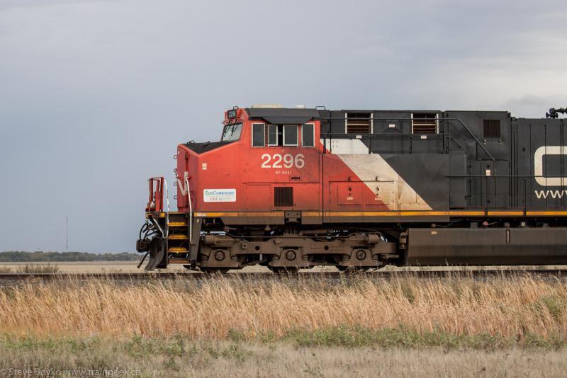 CN 2296 outside Winnipeg