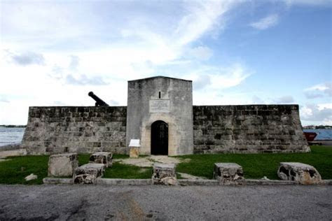 fort montagu  official site   bahamas