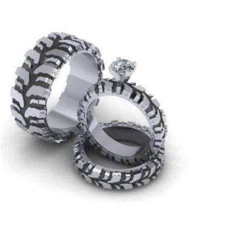 Mud truck tire wedding ring set .perfect set for me
